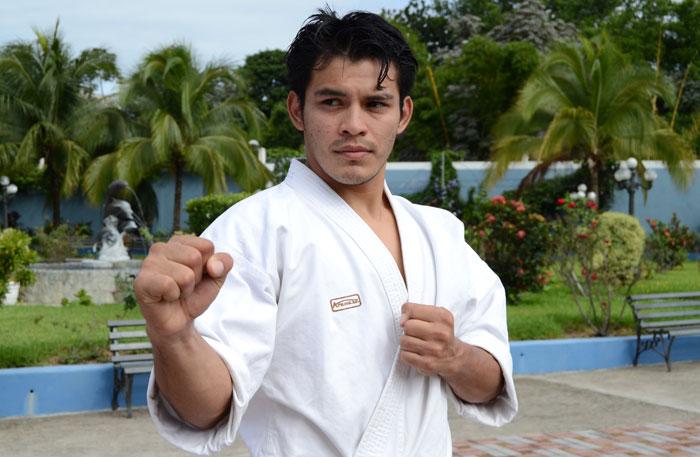 Aarón Pérez uno de los llamados ganar un plaza a los Juegos Panamericanos de Toronto 2015.
