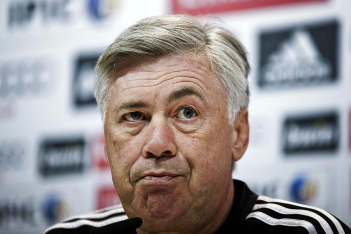 El técnico del Real Madrid, Carlo Ancelotti, hoy durante la rueda de prensa. EFE