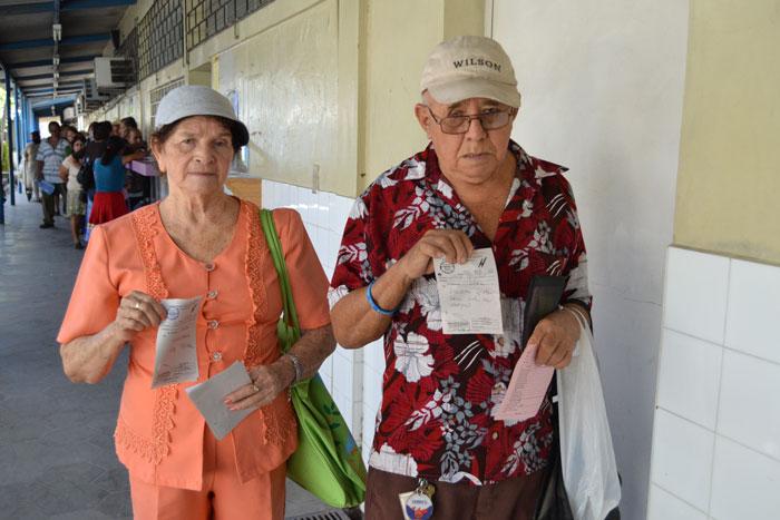 Una pareja de esposos no encontró insulina y medicamentos para la hipertensión que necesitaban. /JAIR MARTÍNEZ