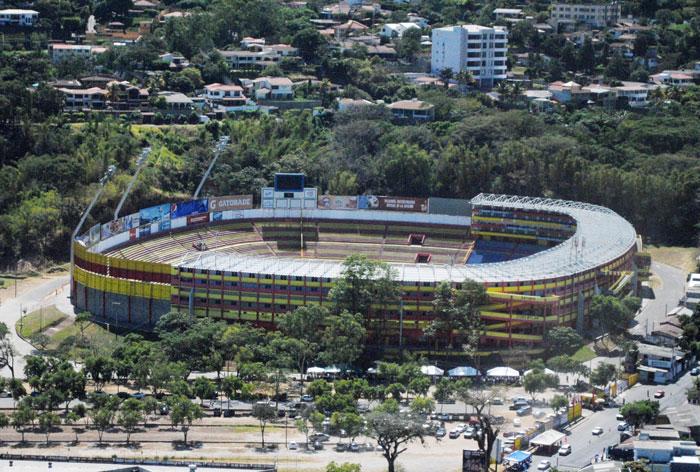 Estadio-Cuscatlan
