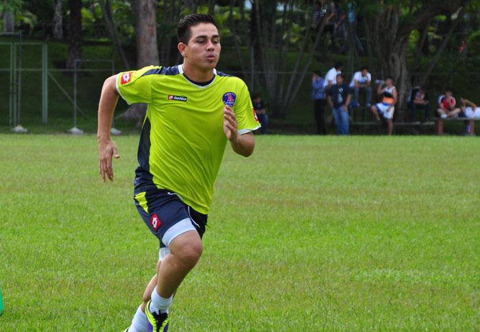 Rodolfo Zelaya regresa tras seis juegos de castigo. /DEM