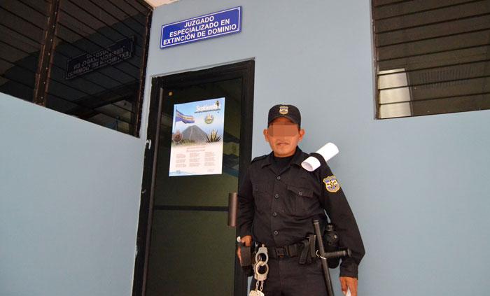 El juzgado está ubicado en el Centro Judicial Isidro Menéndez, en San Salvador. /DEM