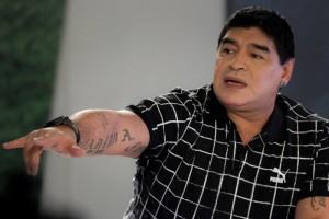 """El exjugador de fútbol argentino Diego Maradona participa en el programa de televisión """"De Zurda Viajero"""". EFE"""