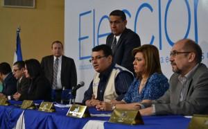 Los magistrados del TSE admitieron errores sin mayores explicaciones. /ERNESTO MARTÍNEZ