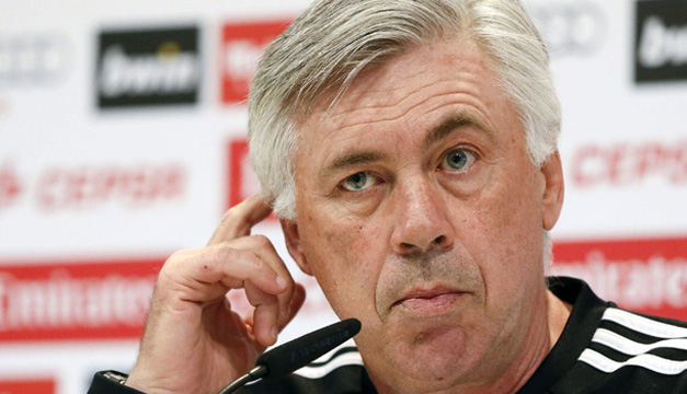 El entrenador del Real Madrid, Carlo Ancelotti, durante la rueda de prensa que ha ofrecido hoy en la Ciudad Deportiva de Valdebebas. EFE