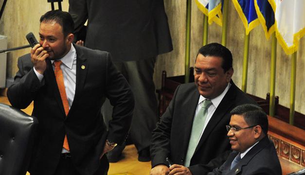Guillermo Gallegos no recibió el apoyo del PDC ni ARENA. /DEM