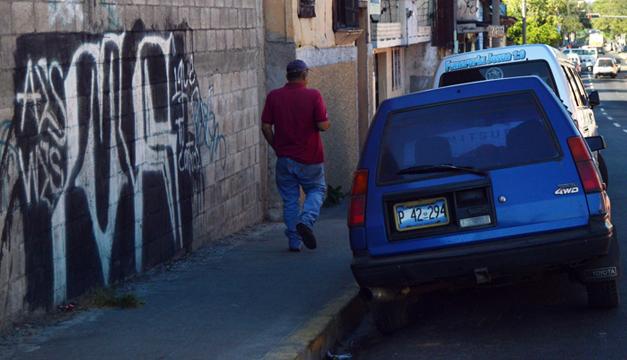 Las familias huyen por temor a las pandillas./DEM