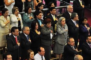 Peña ofrece administración transparente y de armonía