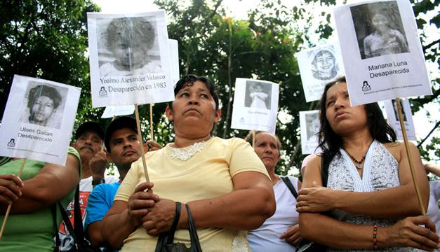 Pro Búsqueda ha resuelto más de 400 casos de niños desaparecidos en la guerra. /DEM