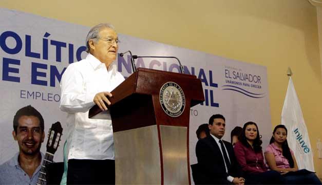El presidente Salvador Sánchez lanzó ayer el periodo de consultas para la política./ CAPRES