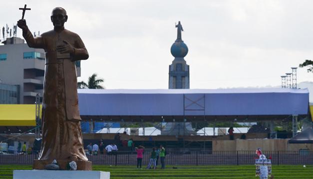 El acto será el sábado por la mañana en la plaza del Salvador del Mundo. /E. Martínez