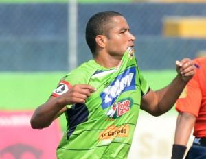 Isidro Metapán y Santa Tecla FC disputarán el domingo la final del Clausura 2015./DEM