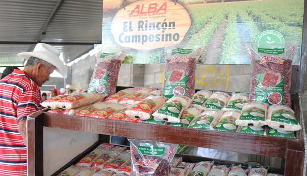 Alba Alimentos es dirigida por personas del FMLN. /DEM