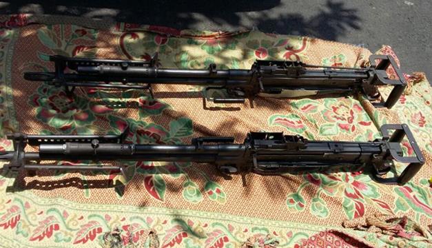 Las tres ametralladoras son armamento del ejército salvadoreño. / FGR