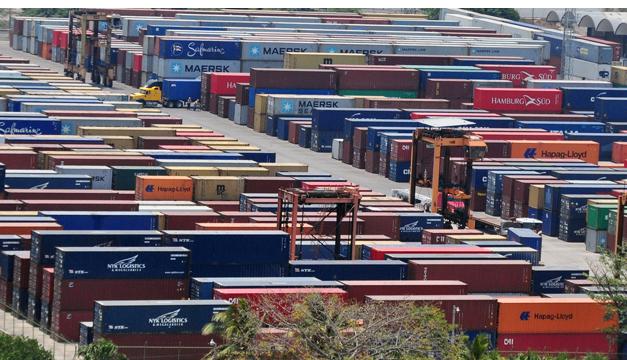 Las exportaciones crecieron 8.3% anual hasta abril, según datos oficiales./ DEM