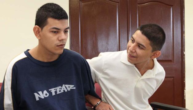 Los dos sujetos fueron sentenciados por el Juzgado Especializado de Sentencia B de San Salvador. /cortesía juzgados