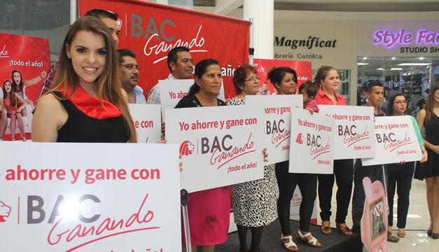 """Ganadores de la promoción """"BAC Ganando"""". /Pablo C"""