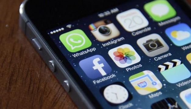 Facebook-celular