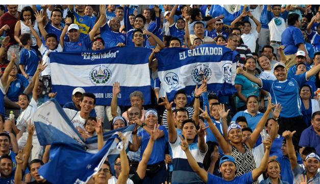 El Salvador recibe a San Cristóbal y Nieves este martes 16 en el Estadio Cuscatlán. /DEM