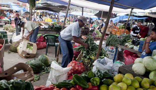 Parte del mercado de Tegucigalpa. Foto/EFE