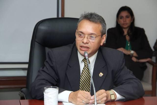 08 Lic Carlos Sanchez Escobar Magistrado Suplente