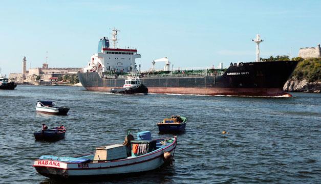 Embargo-Estados-Unidos-a-Cuba-barco