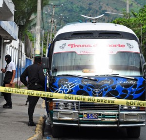 HOMICIDO-Nueva-Apopa-Microbus-38E