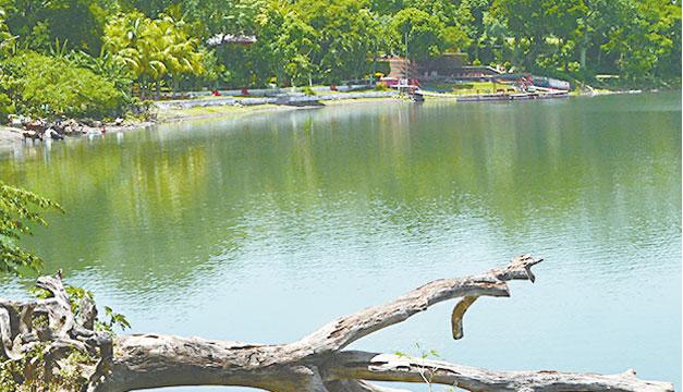 Laguna-de-Apastepeque