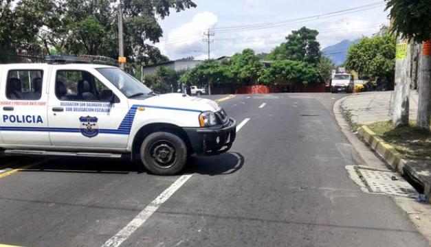 Escena de Homicidio en Colonia Atlacatl / Foto: Oscar Machón: Diario El Mundo