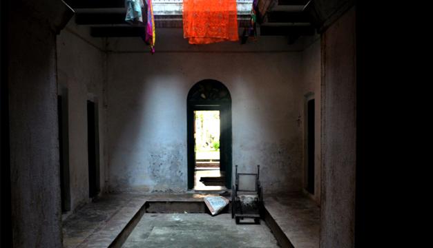 El hostal Mukti Bhawan o Casa de la Liberación, un edificio sobrio con 12 habitaciones es la última morada para huéspedes que acuden a morir en él, en la ciudad de Benarés, sagrada para la religión hinduista. EFE