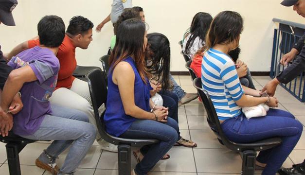 Imputados en la sala de audiencia. Cortesía Centro Judicial Isidro Menéndez.