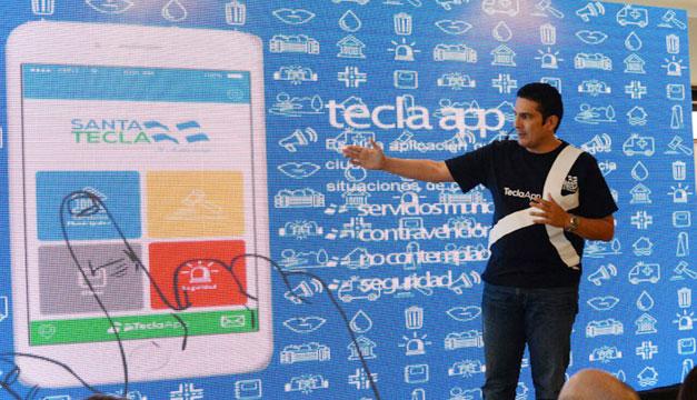 Roberto-Daubuisson-Tecla-App