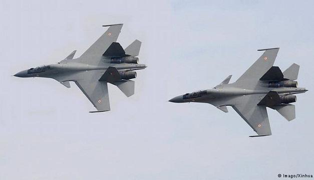 Aviones caza Sukhoi-30.