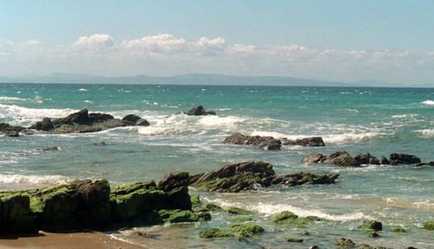 Playa de Punta Paloma, Estrecho de Gibraltar en el Mar Mediterráneo. EFE