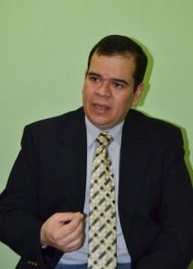 ALAC-Roberto-Burgos-del-Centro-de-Asesoria-Legal-y-Anticorrupcion-de-El-Salvador