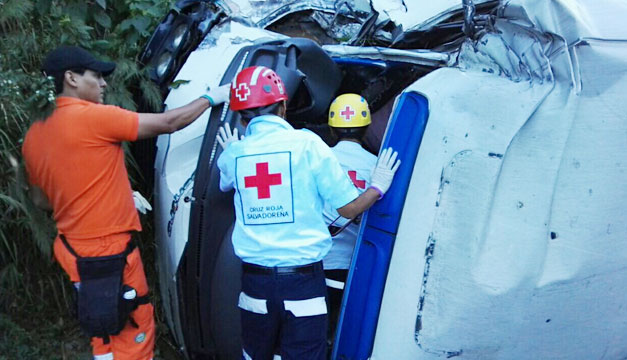 Accidente-carretera-al-Puerto-de-La-Libertad