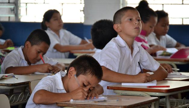 Ninos-escuela