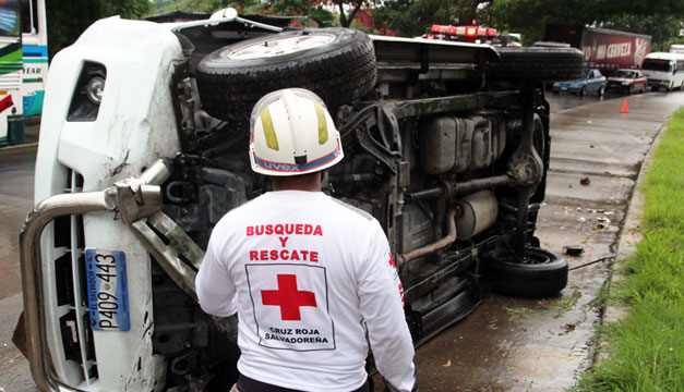 Accidente-de-transito-Cruz-Roja