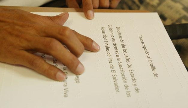 Acuerdos-de-Paz-El-Salvador-en-braille