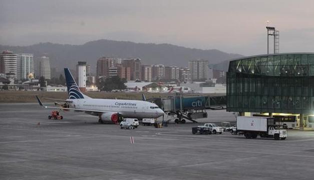 Aeropuerto La Aurora. Tomada de: Prensa Libre.