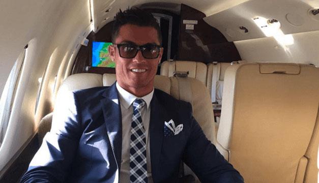 Cristiano-Ronaldo-avion