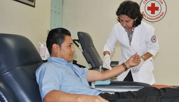 Cruz-Roja-banco-de-sangre