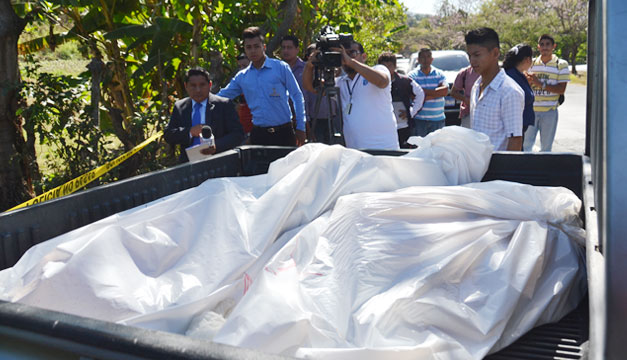 Familiares-de-policia-asesinados
