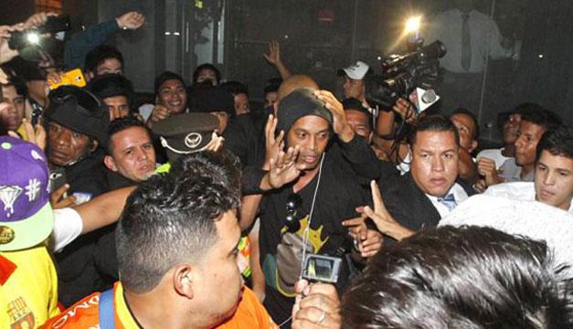 Ronaldinho-en-Ecuador