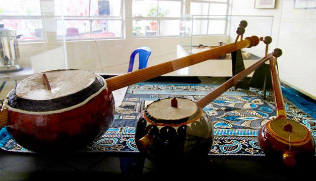 Exposicion-instrumentos-musicales