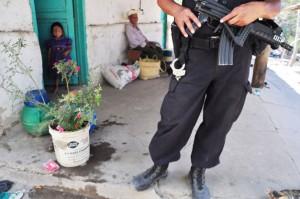 Familias-huyen-por-amenzas-de-pandillas-Sihuetenango-Panchimalco