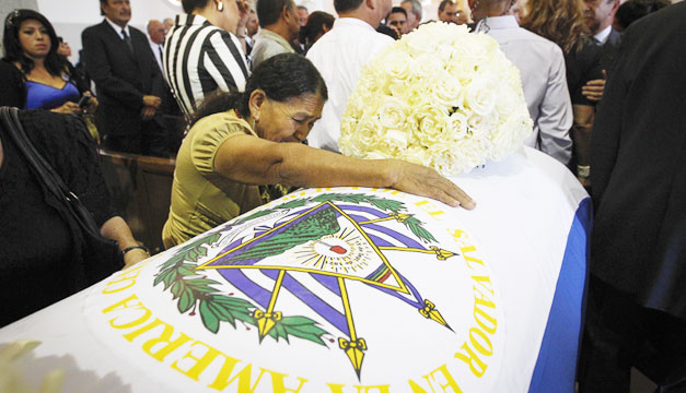 Funeral-Francisco-Flores