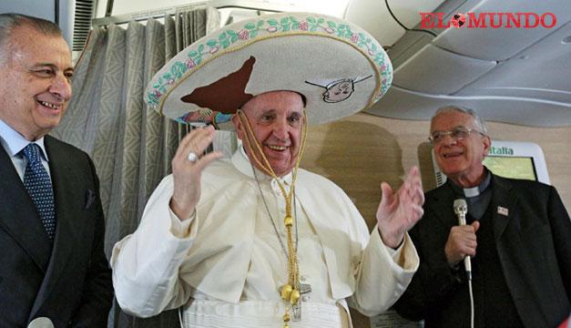 Papa-Francisco-con-sombrero-mexicano