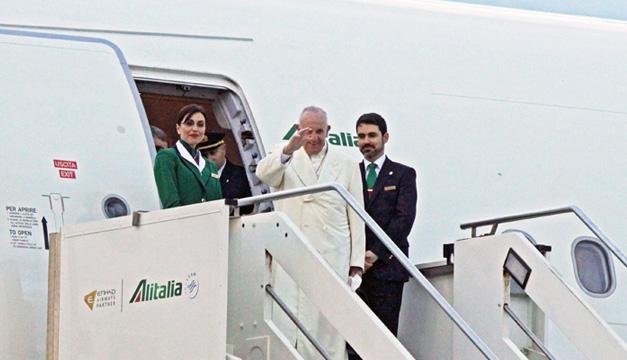Salida del papa de Italia a México. Fotografía: Agencia/EFE
