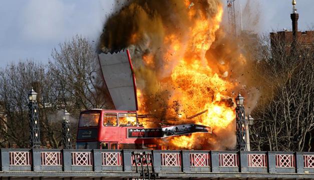explosion-bus
